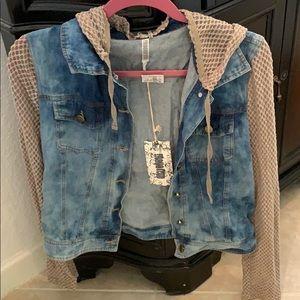 Never worn new unique jean jacket